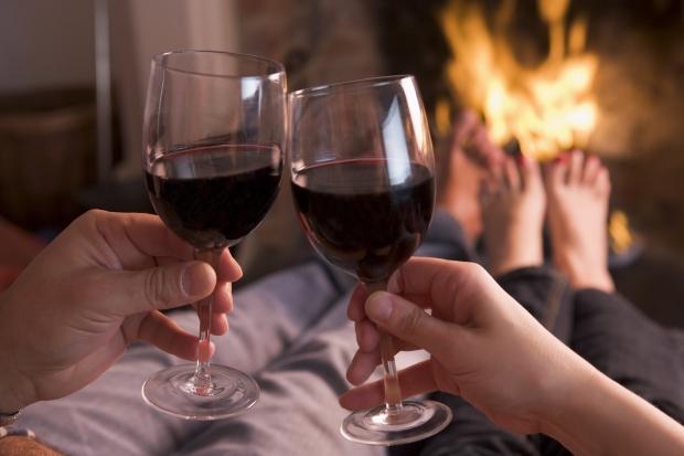 Shutter stock wine glasses pg60-61